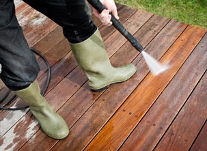 Clean a Wood Deck with a Pressure Washer