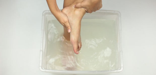 hydrogen peroxide for Foot problems