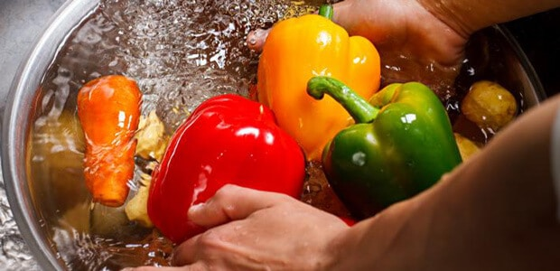 hydrogen peroxide for cleaning fruit and vegetables
