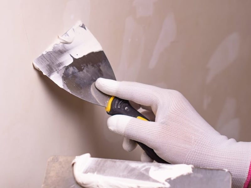 Difference between joint compound vs spackling