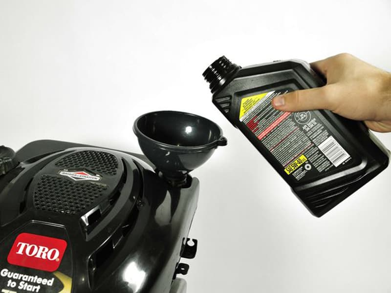 Recommended Briggs and Stratton lawn mower oil capacity